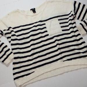 H&M Sweater size Meduim B&W